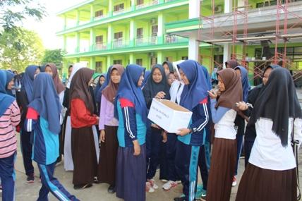 MTs Pesri Kendari Galang dana Bantu Korban Gempa Aceh