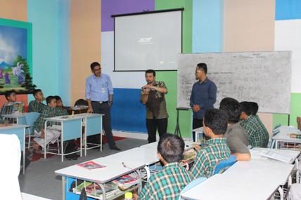 Yayasan  Cahaya Mutiara Bandung Apresiasi Kelas Cibi Ciber Ummusshabri